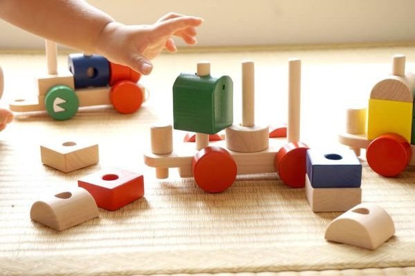 ボーネルンドおすすめおもちゃ8選!人気の組み立て系知育玩具【クリスマスや誕生日プレゼント・出産祝いにも】