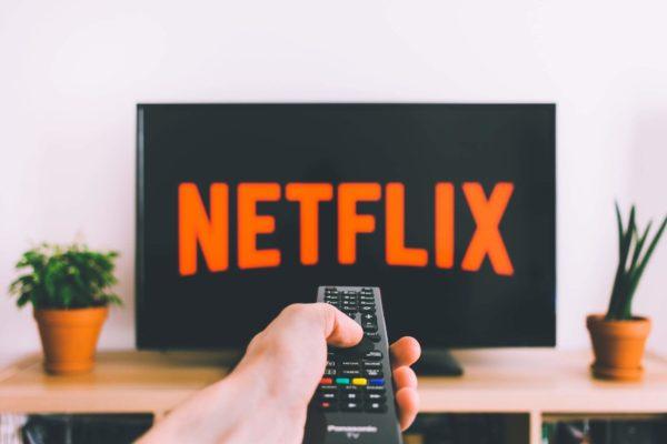 \Netflixでこどもに英語教育/英語音声&字幕で見られるこども向けのおすすめ10選!おすすめ動画の対象年齢を絞る設定のしかたもご紹介