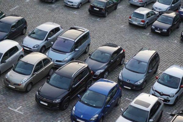 札幌駅付近のパーキングで困る方必見!最新の駐車場情報と便利なサイトを紹介します。